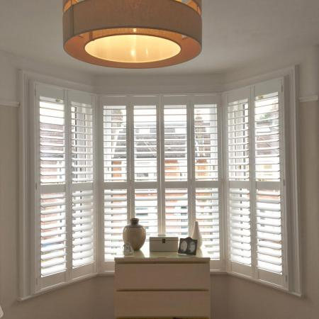 Seattle Range, 76mm Louvres, Pure White, Deluxe Frames   All Kent ...